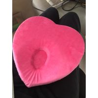 Hearth shape polyester memory foam baby pillow