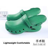 2021 Females wholesale woman comfort clogs hospital white females nurse shoes