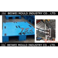 Injection plastic single deck pallet mould