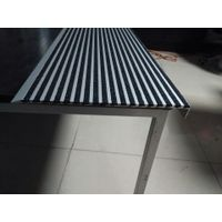 276mm wide carborundum aluminum stair nosing strips