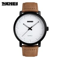 Casual Fashion Men wristwatch waterproof with leather strap