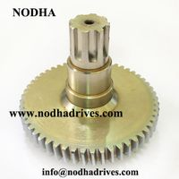 Splined shaft gear