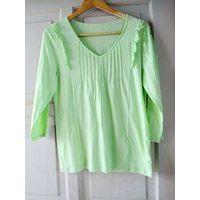 women's green long-sleeved  clothing thumbnail image