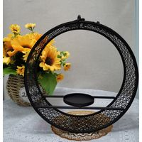 Hanging ring form Metal Bird feeder with hollow design