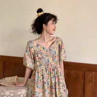 French vintage girl floral dress women summer 2020 new style temperament bubble sleeve v collar a-li