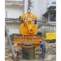 DZ120A Vibratory Hammer with pipe pile clamp