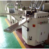 Aluminum doors and windows corner crimping machine