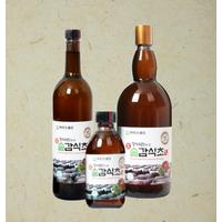 Pine needle persimmon vinegar