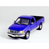 1:18 Ford F150 van model
