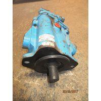 VICKERS pump and motor thumbnail image
