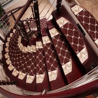 Coffee Color 100 % Polyester Machine Woven Jacquard Carpet For Stairs
