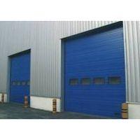 industrial lifting door