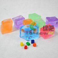 cube shape water gel