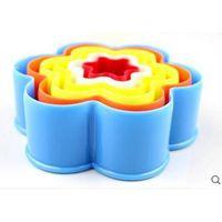 plastic cake mold