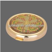 Gold metal compact mirror with double side