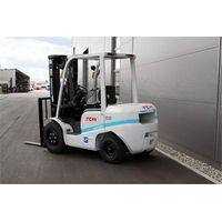 Brand new TCM 2.5ton diesel forklift truck with Isuzu engine