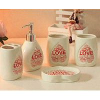 Wholesale Top Quality Ceramic Bathroom Sets Love Pattern Toiletries For Home