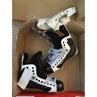 CCM Ribcor 50K White Skates 7 DA Pro Stock Hockey Skates Brand New