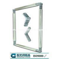 aluminum spacer and plastic corner key