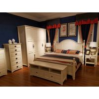 Modern solid wood bed