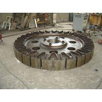 Pelton turbine magnetic yoke