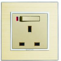 13A Switched Socket with neon