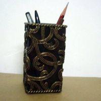 Polyresin customized pen holder promotion items, penholders, desk decoration