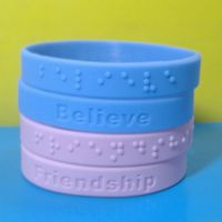 Solid color with embossed the logo silicone bracelets