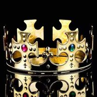 Crowns and laurels