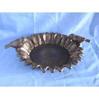 cast iron bird feeder thumbnail image