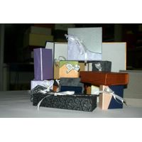 Cardboard gift case thumbnail image