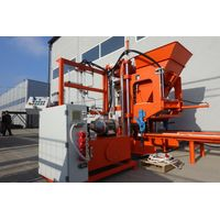 Concrete block making machine SUMAB R-300. Economy class