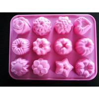 silicone cake mould & muffin pan thumbnail image
