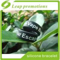 USA hot sale decorative and protection silicone vape band customized logo service vape band with des