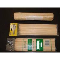 wodoen and bamboo skewers