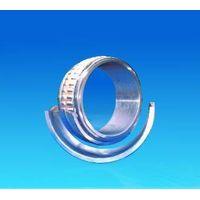 Split-aligning roller bearings thumbnail image