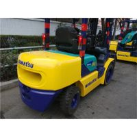 USED KOMATSU 3TON FD 30T-14 FORKLIFT WITH HIGH QUALITY IN LOW PRICE FROM JAPAN thumbnail image