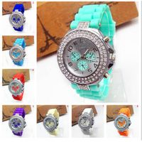 Hot sale high quality ladys girl silicone crystal geneva quartz sports 13 color wristwatches