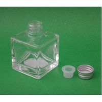 Wholesale diffuser glass perfume bottle