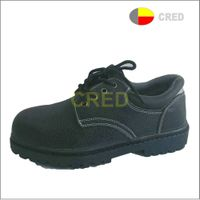 T063 men work safety shoes
