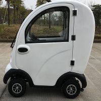 15km/h Closed mobility scooter with windshields